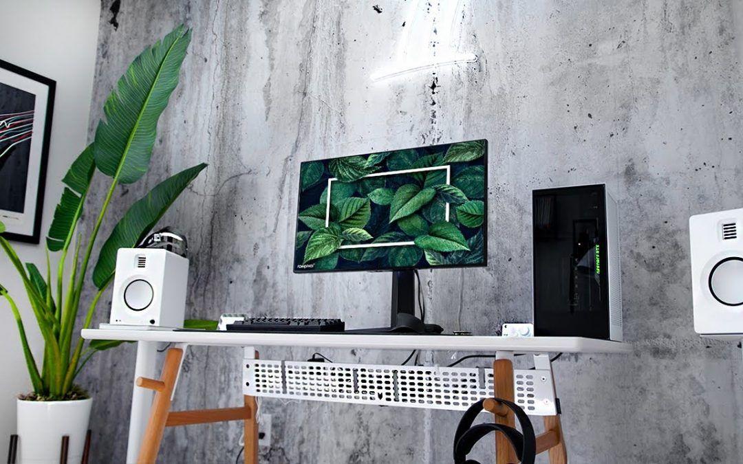 My Minimal Office Desk Setup!
